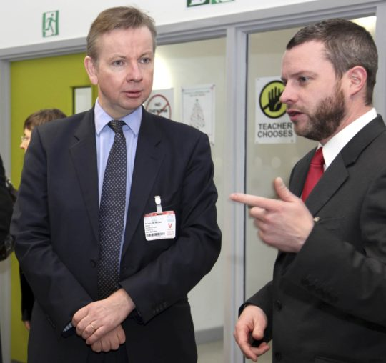 Michael Gove opens Penoyre & Prasad's Woodside High School