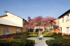 Projects Residential Woodlands Nursing Home Courtyard Garden Penoyre and Prasad