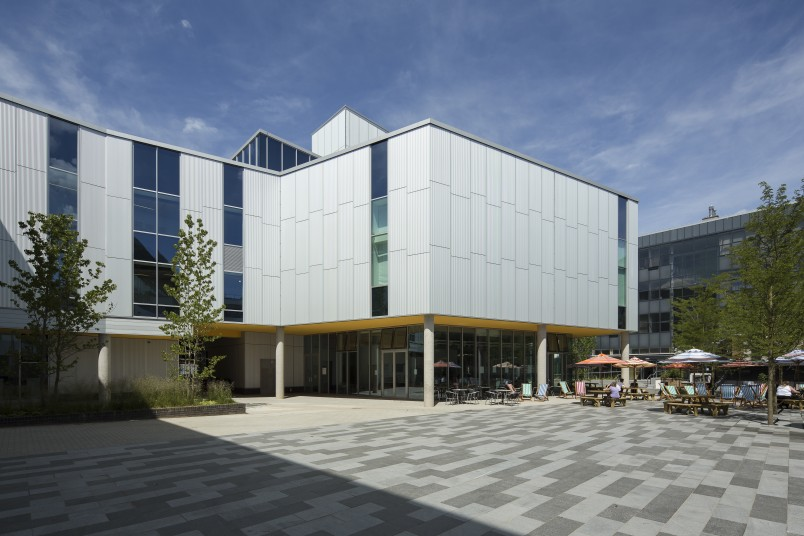 Projects Higher Education University of Portsmouth Eldon Building Exterior Courtyard Penoyre and Prasad