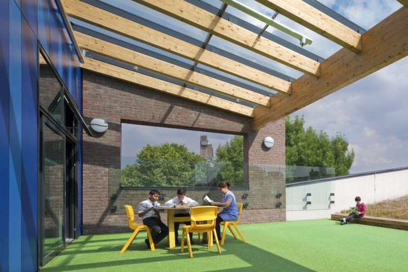 Ark Brunel Primary Academy shaded external teaching terrace Penoyre and Prasad