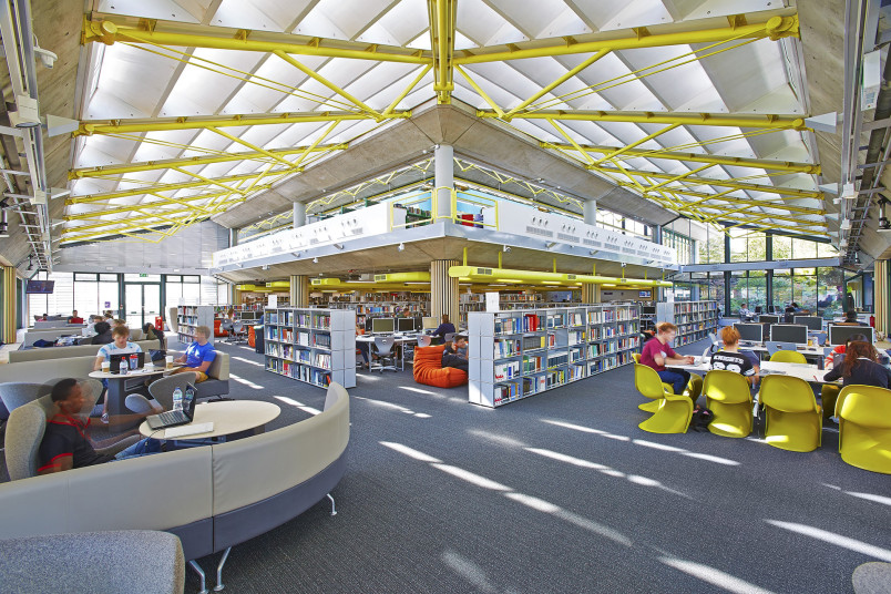 Projects Higher Education UoP Library Remodel main interior view Penoyre and Prasad