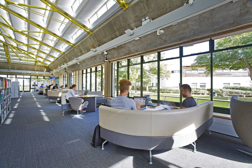 Projects Higher Education UoP Library Remodel naturally lit Penoyre and Prasad