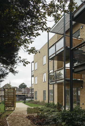 Projects Extra Care Verdon Roe Court balcony and gardens Penoyre and Prasad