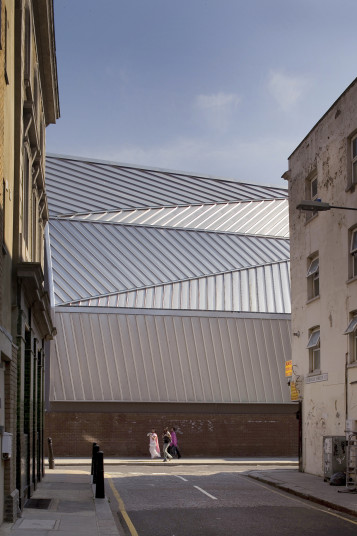 Projects Cultural The Rich Mix Exterior Roof Penoyre and Prasad