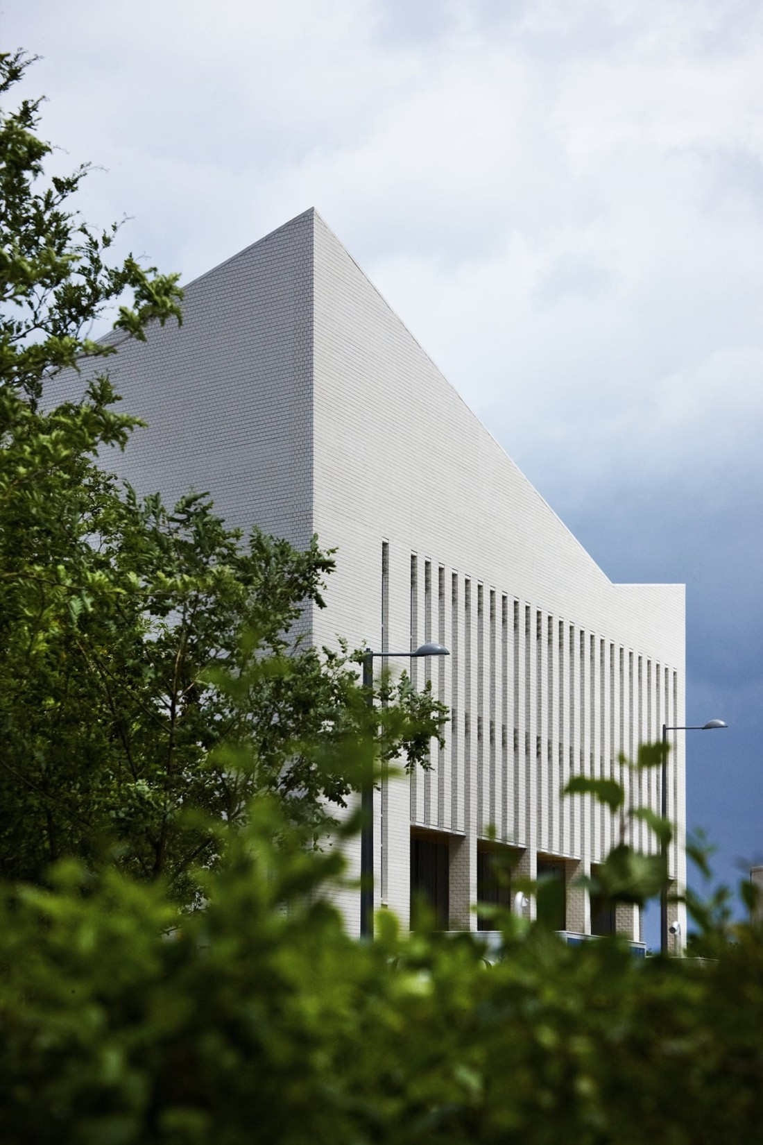 Projects Health Sir Ludwig Guttmann Health and Wellbeing Centre facade Penoyre and Prasad