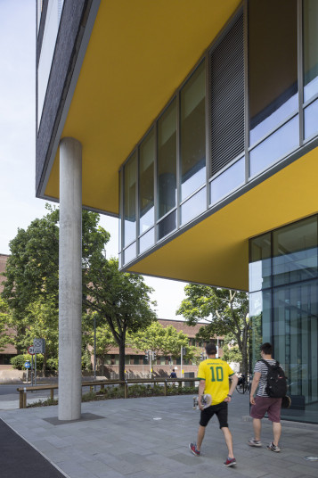 Projects Higher Education University of Portsmouth Eldon Building Exterior Facade detail Penoyre and Prasad